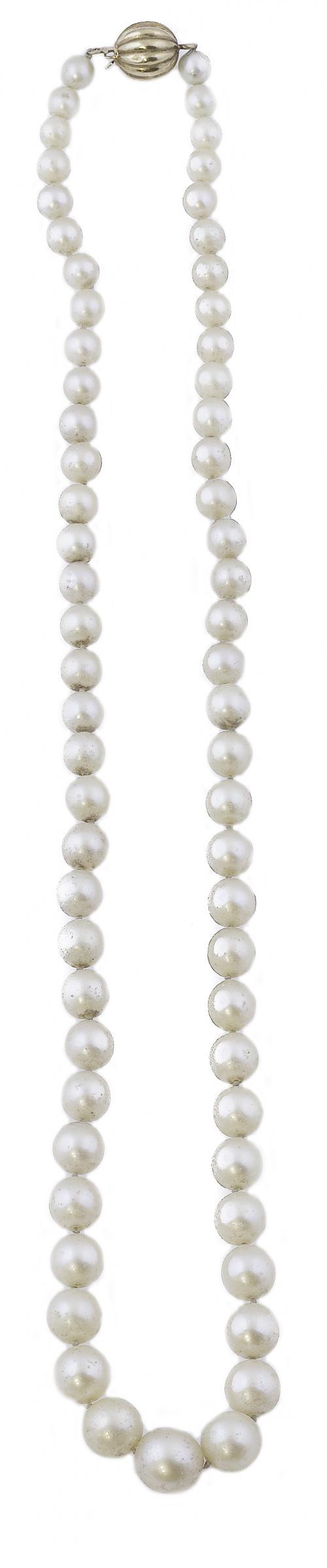 Collar de un hilo de perlas cultivadas de tamaño creciente