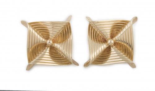 Pendientes TIFFANY and Co en forma de pañuelo plegado con d