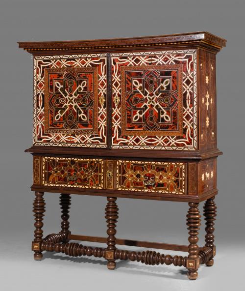 Magnífico escritorio colonial.Quizás Virreinato de Nueva E