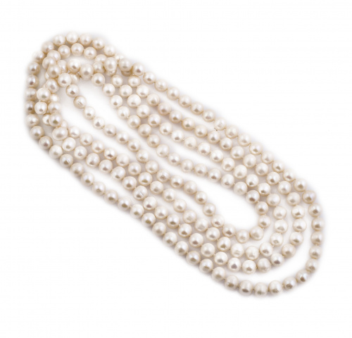 Collar largo de perlas cultivadas de 9 mm