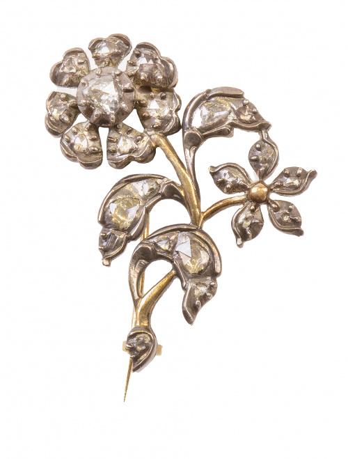 Broche flor de diamantes talla rosa S. XIX
