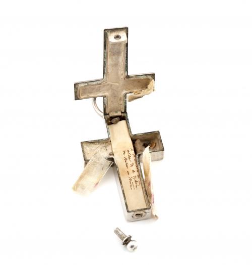 Cruz de plata relicario con reliqias de plata de San Ignaci