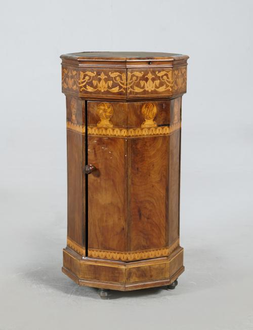 Mesa auxiliar octogonal eduardina en madera de caoba y palm