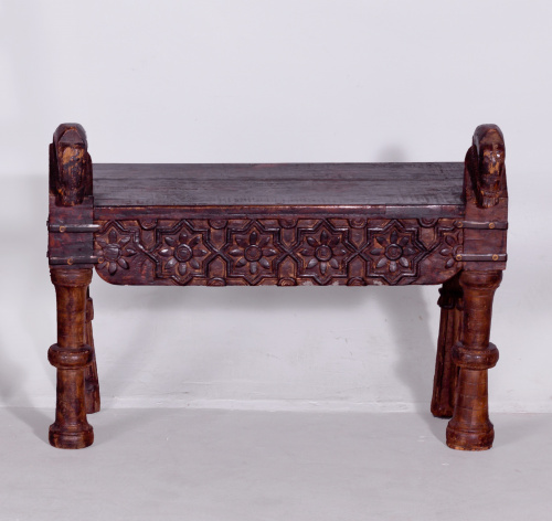 Banco indio hecho de madera antiguas, S. XVIII - XIX
