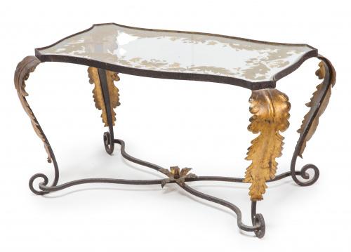 Mesa de hierro y cristal pintado a la manera de Gilbert Poi