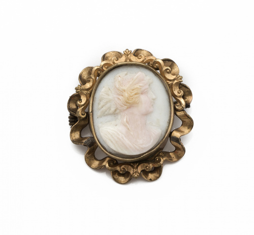 Broche de pp s.XX con camafeo de busto de dama en concha ta