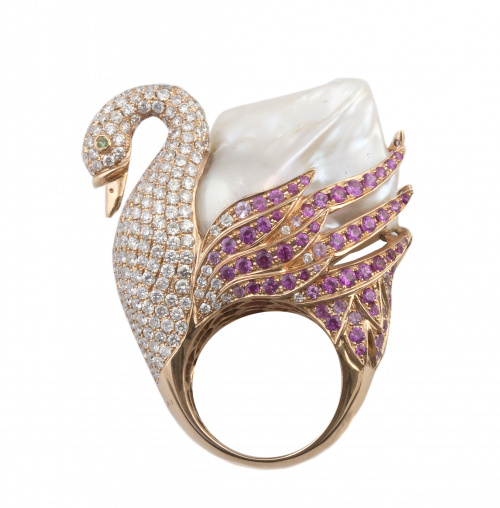 Sortija cisne de BVLGARI con gran perla barroca, brillantes