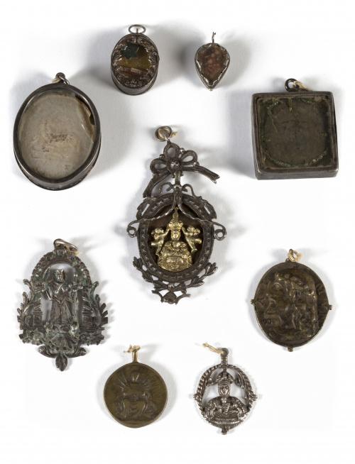 """""""La Coronación de la Virgen"""" medalla devocional de plata en"""
