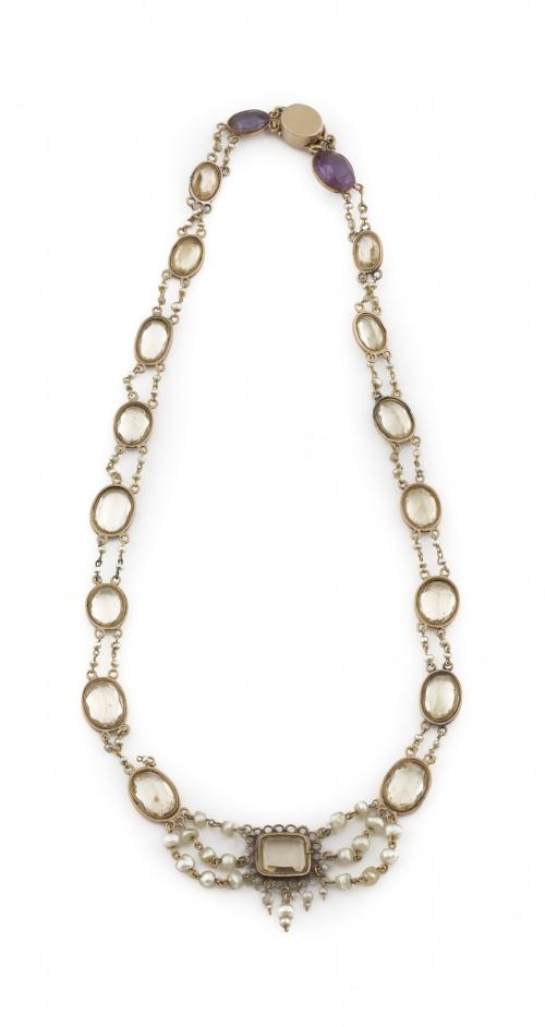 Delicado collar s.XIX con citrinos ovales facetados y enmar