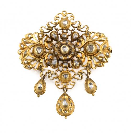 Broche con pieza central s.XVIII-XIX de diamantes de talla