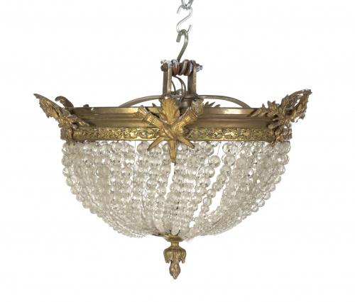 Lámpara en bronce con sartas de cristalS. XX