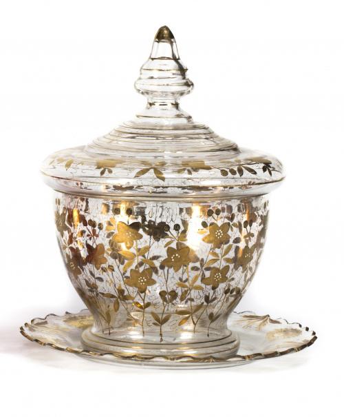 Compotera de cristal transparente y decoración de hojas dor