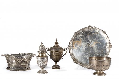Copa gallonada de plata marcada.Orfebre Inglés, Londres, W