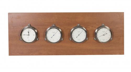 Conjunto de 4 instrumentos de medida para barco de la firma