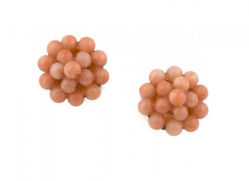 Lote de dos parejas de pendientes de coral rosa