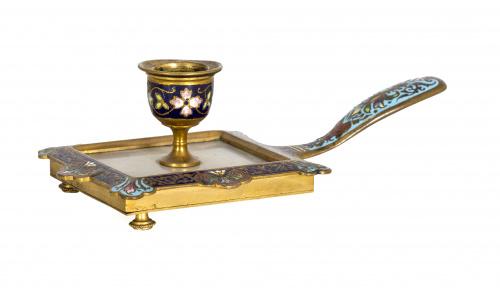 Palmatoria de esmalte cloissoné, bronce y alabastro.Franci