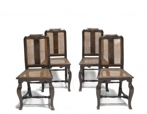 Pareja de sillas en madera de nogal con rejilla. España S.