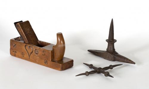 Cepillo de carpintero de madera de nogal, con decoración gr