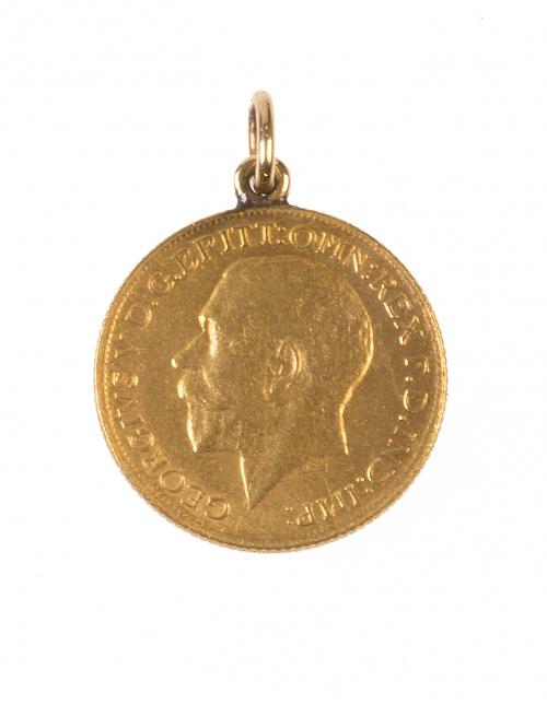 Colgante con moneda de un soberano de Jorge V