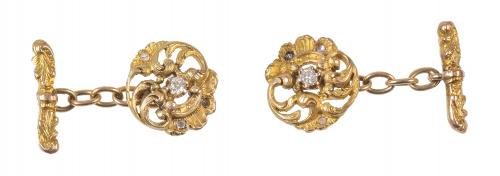 Gemelos circulares Art-Nouveau en diseño de roléos vegetale