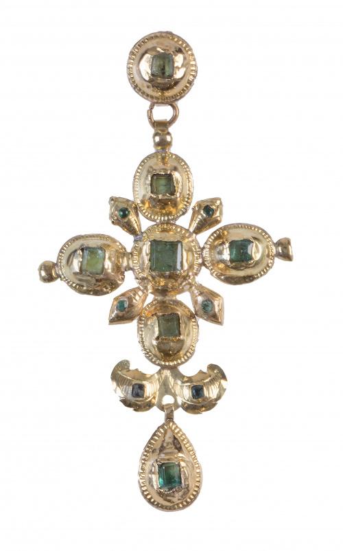 Cruz colgante popular de esmeraldas de pp. S. XX con botón