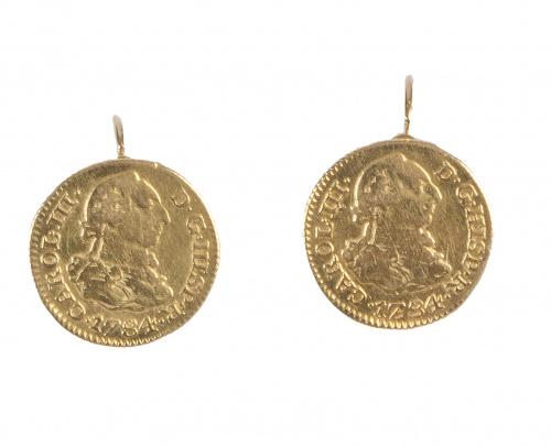 Pendientes realizados con monedas de Carlos III