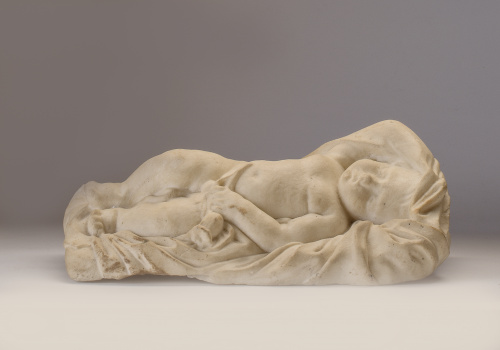 Niño tumbado en mármol.Escuela italiana, S. XVIII