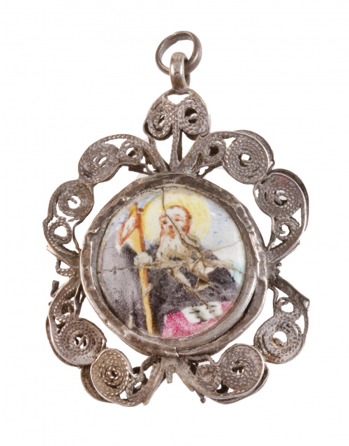 Colgante con esmalte de Santo S. XVIII-XIX en marco de fil