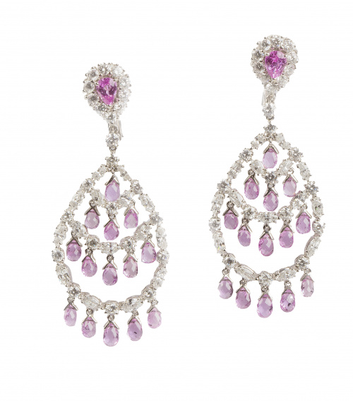 Pendientes largos chandelière de zafiros rosas y brillantes