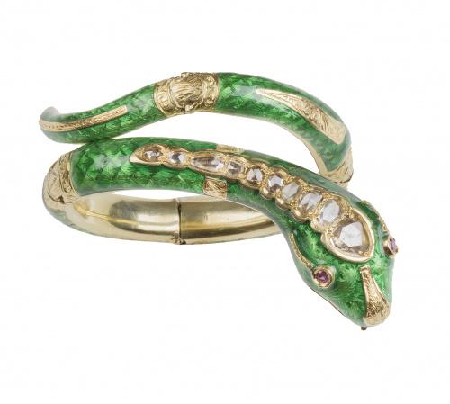 Brazalete con diseño de serpiente S. XIX de esmalte verde y