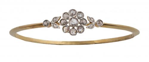Brazalete de pp. S. XX con rosetón central de diamantes fla