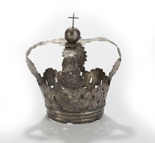 Corona de Virgen en plata decoración grabada de espejos y r