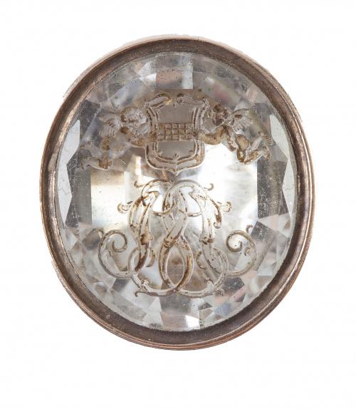 Colgante sello S. XIX con intaglio de escudo e iniciales gr