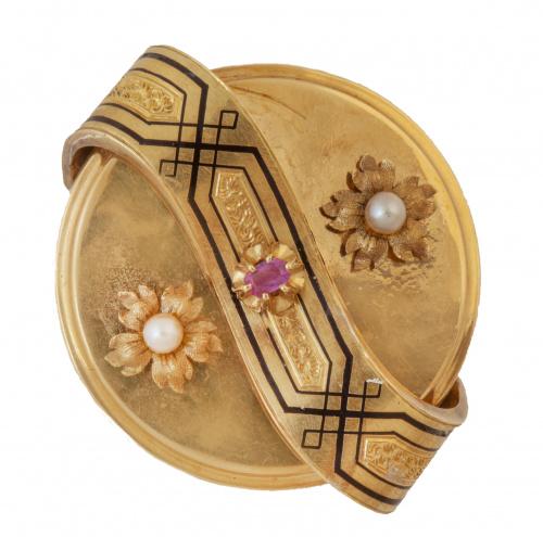 Broche circular S. XIX con dos flores de perlas finas later