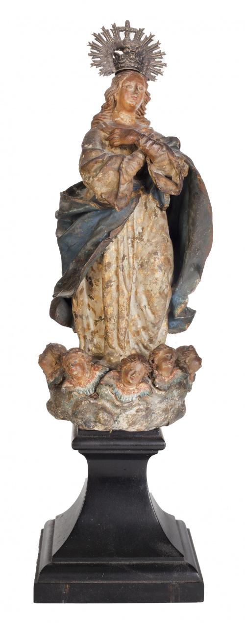 Virgen Inmaculada.Escultura en terracota policromada.Tr