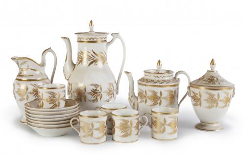 Juego de café y té imperio en porcelana esmaltada y dorada