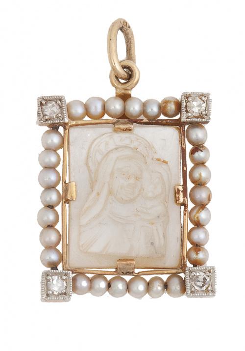 Medalla colgante Art-Decó rectangular con Virgen de nácar e
