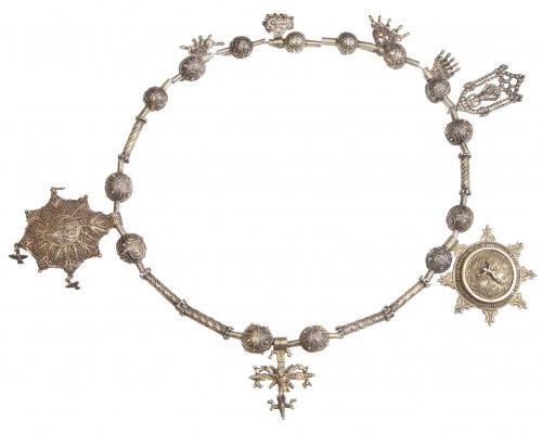 Collar popular salmantino de La Alberca en plata sobredorad