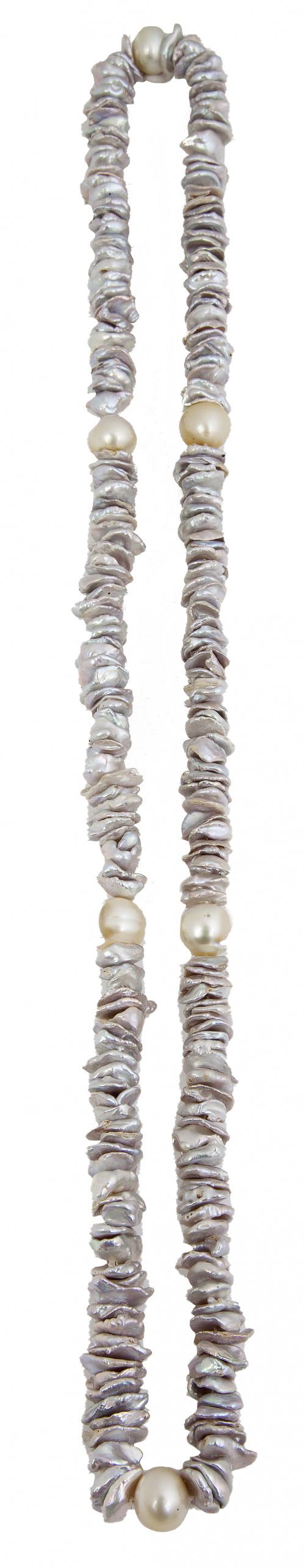 Collar deperlas grises australianas Keshi color gris altern