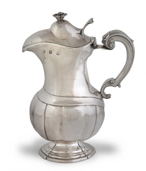 Jarro de plata en su color.Diego Gonzalez de Cueva, Méjic
