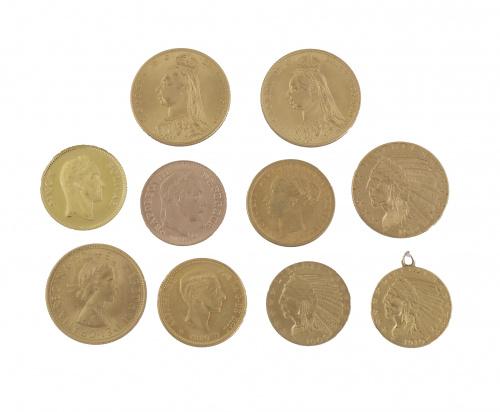 Conjunto de diez monedas de oro de varios países y épocas