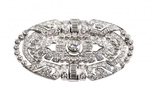 Elegante broche placa francés Art-Decó de platino, brillant