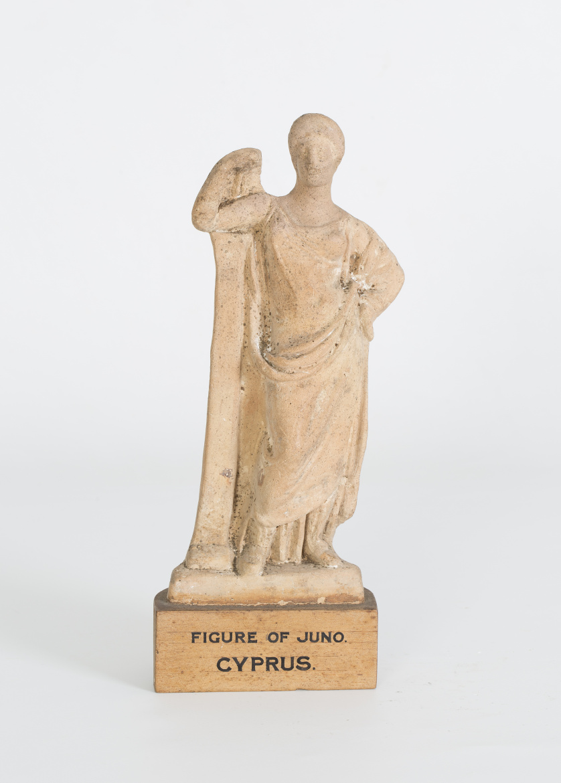 Juno, figura helenística de terracota.Procedente de Chipre