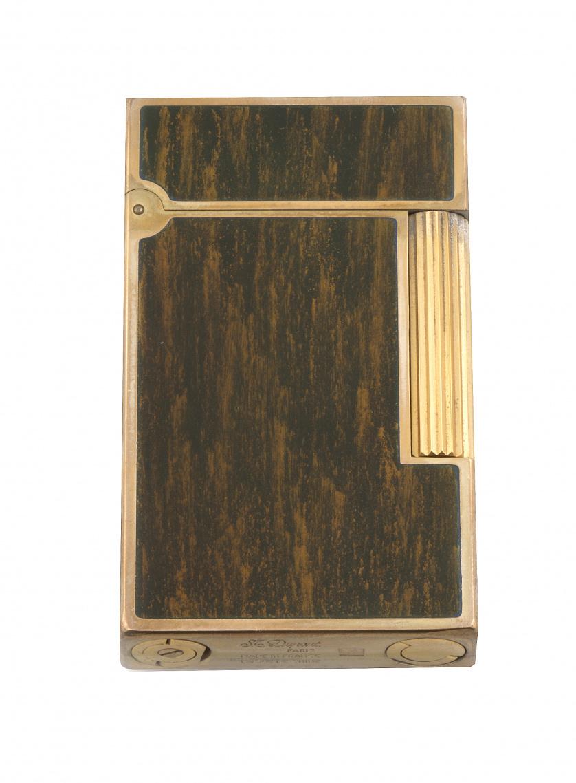 Encendedor DUPONT lacado en plaque or y lacado en jaspeado