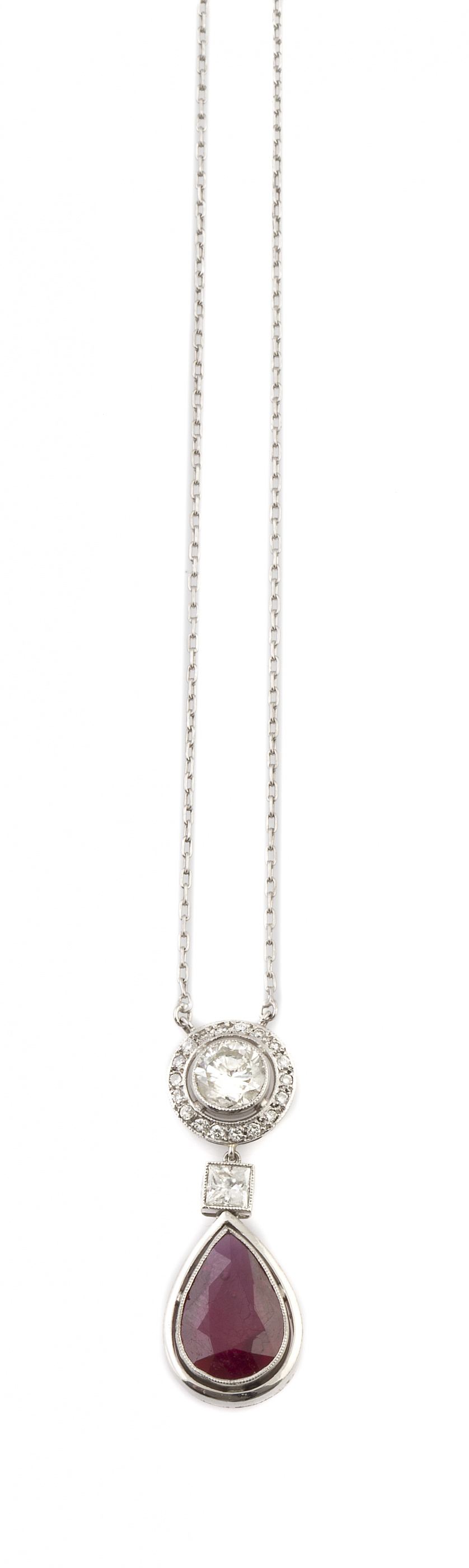 Pendentif estilo Art-Decó con rubí talla perilla de 4 ct ,q