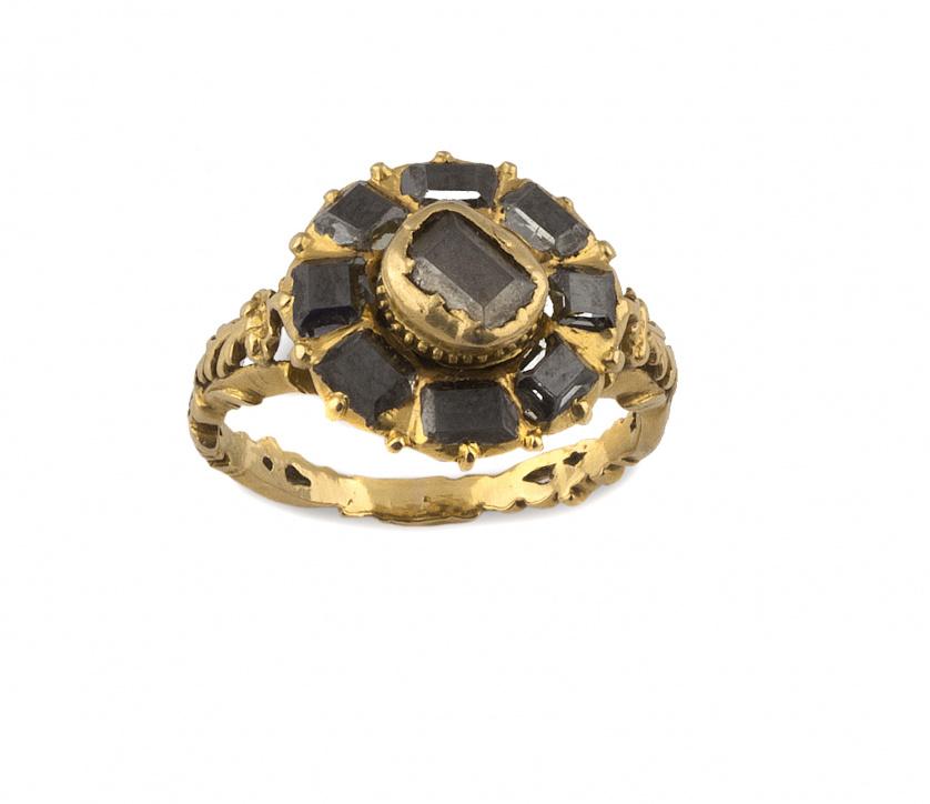 Sortija flor de diamantes talla tabla S.XVIII en montura la