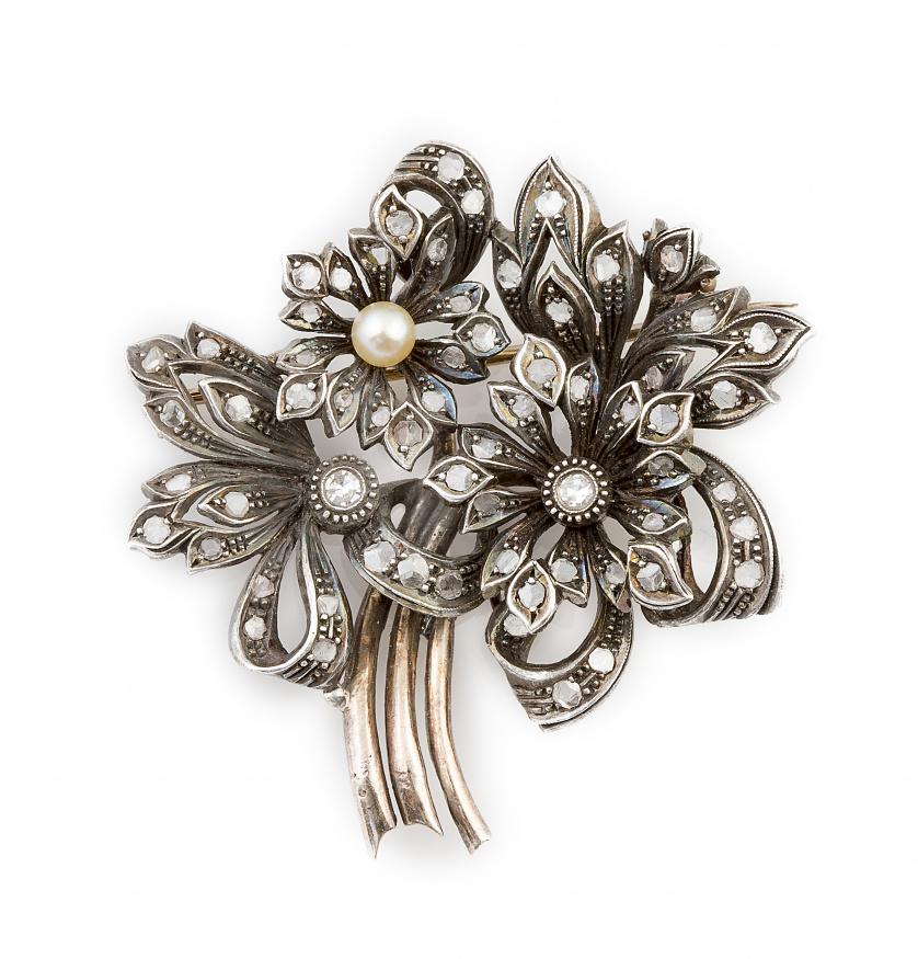 Broche portugués pp. s. XX con ramo de flores de diamantes,