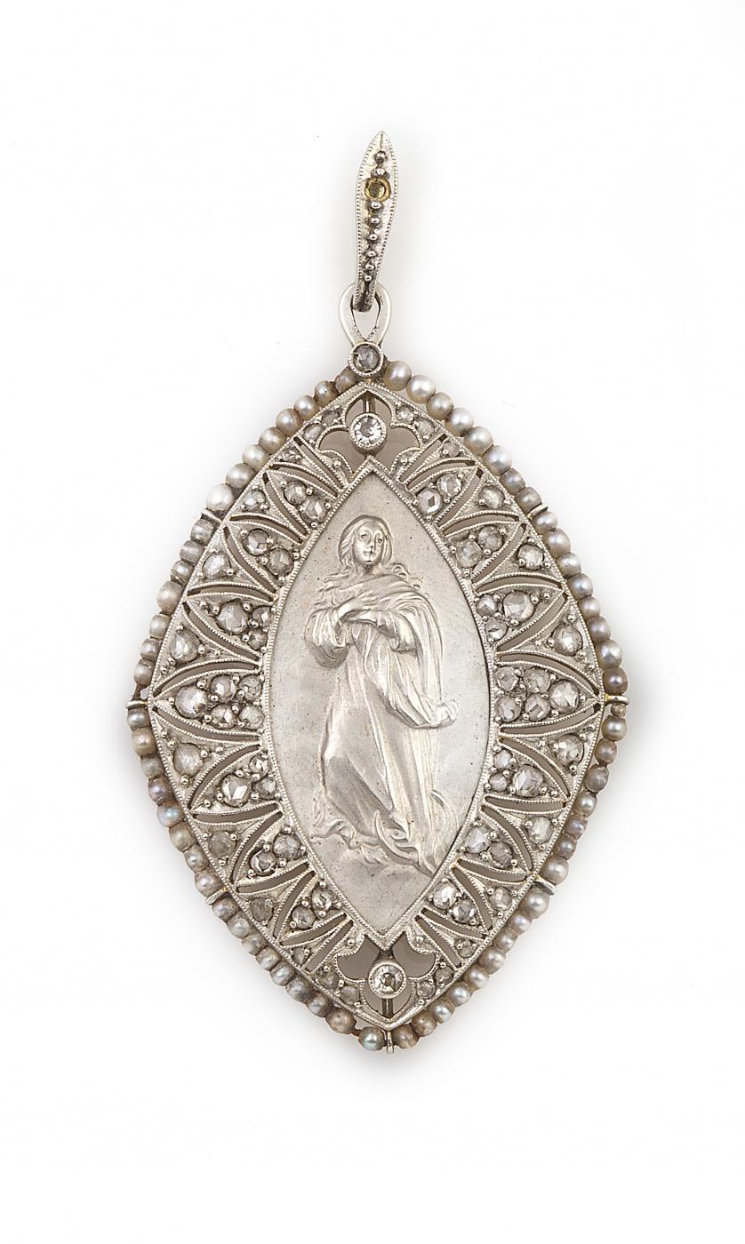 Medalla colgante Art-Decó con Virgen en relieve y marco de
