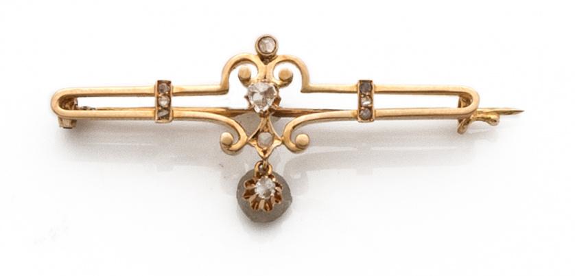 Broche barra de ffs s.XIX  con diamantes y  en motivo centr