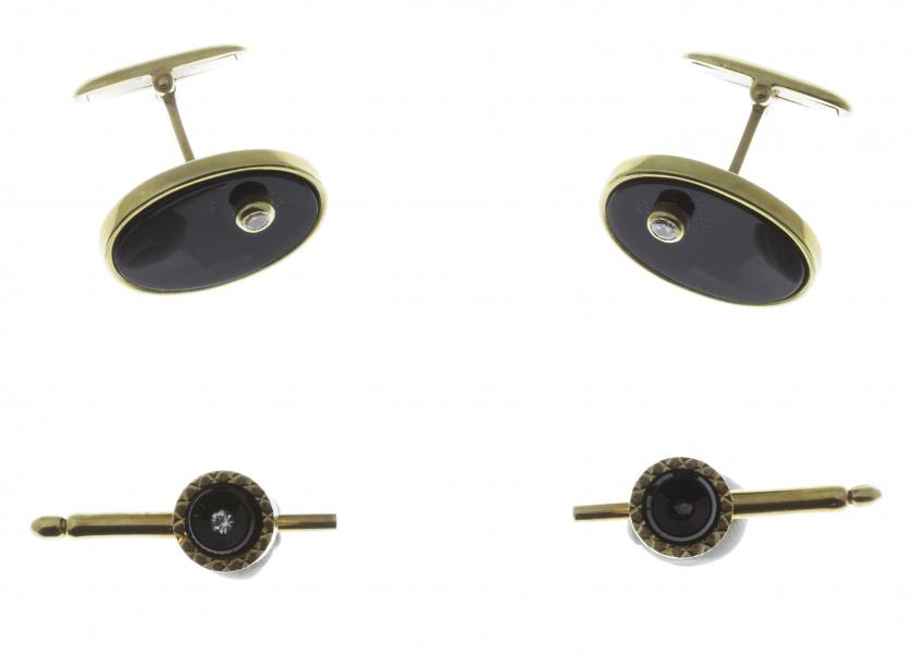 Conjunto de gemelos ovales y 2 botones circulares para frac